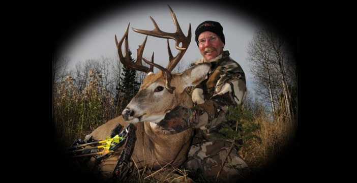Tom Nelson with buck