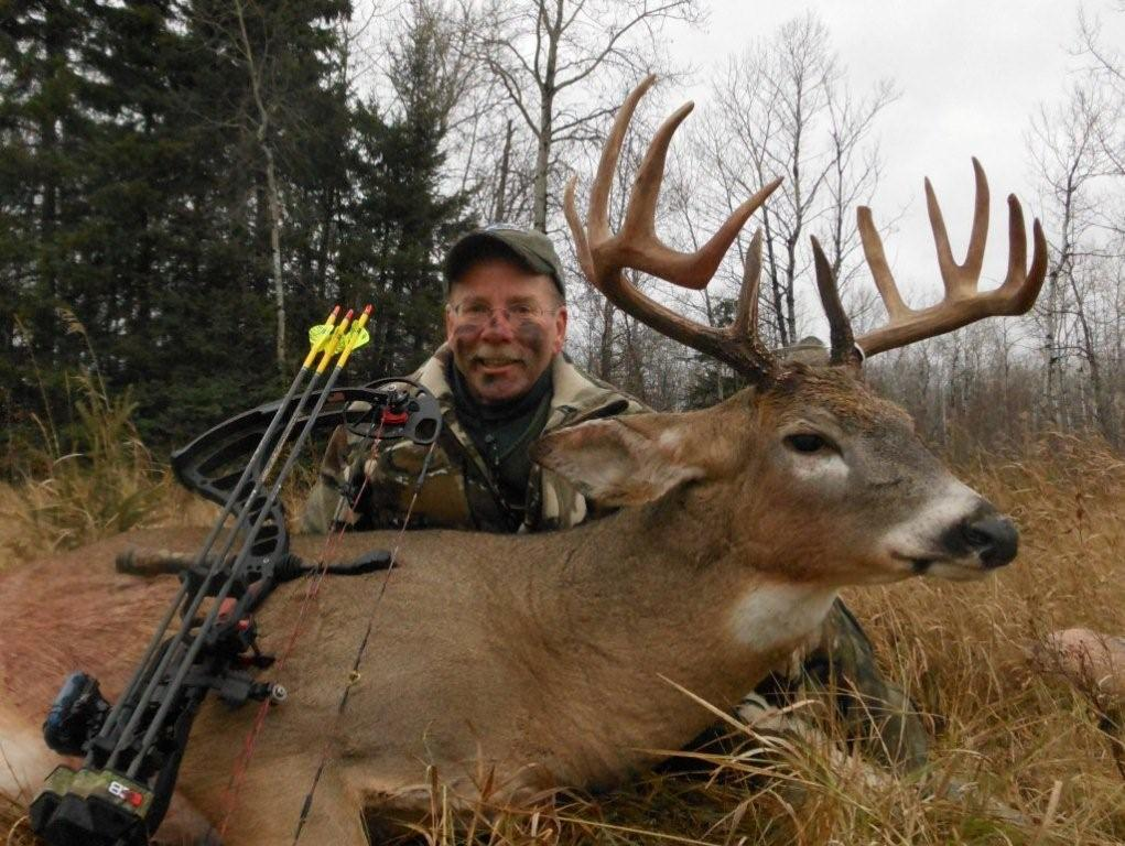 Tom Nelson and trophy buck